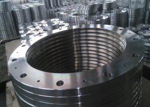 Alaşımlı çelik flanş A182F1 / F51 F9 / F111 F221 F91